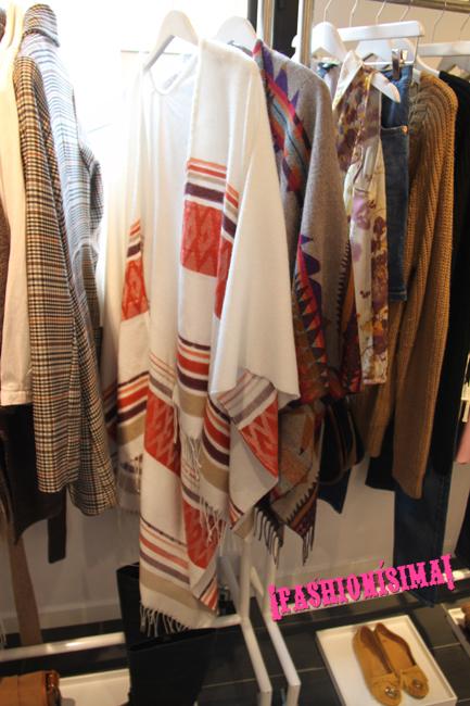 H&M_Fashionisima_Poncho indio blanco